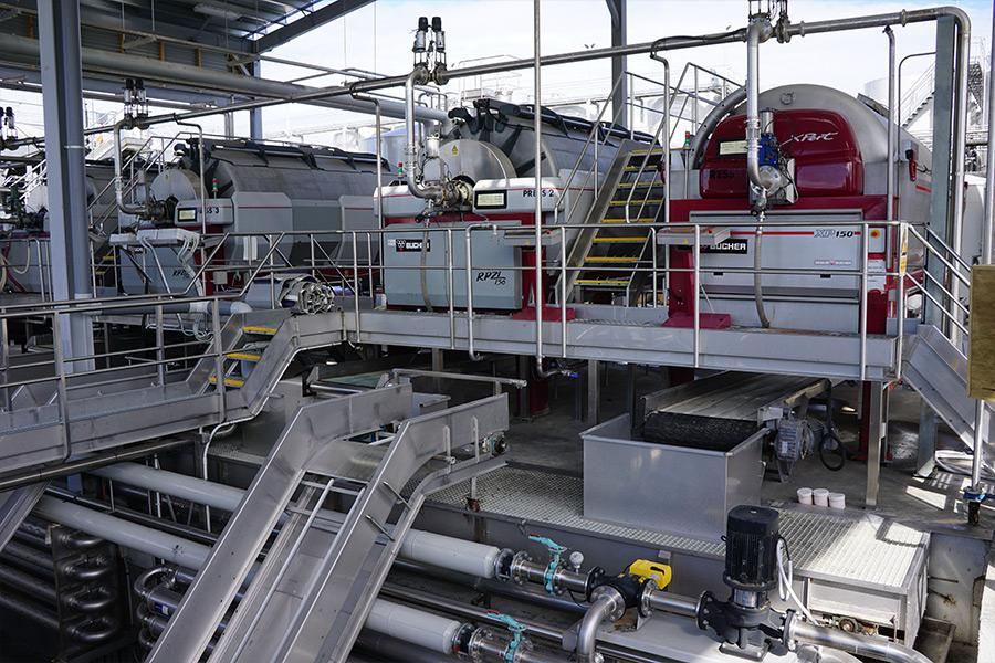 Industrie-Technik auf dem Weingut