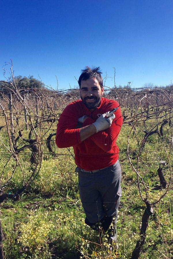 Eduardo Torres Acosta Portrait im Weingarten