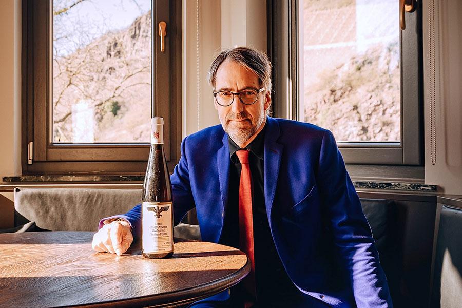 Portrait Stuart Pigott
