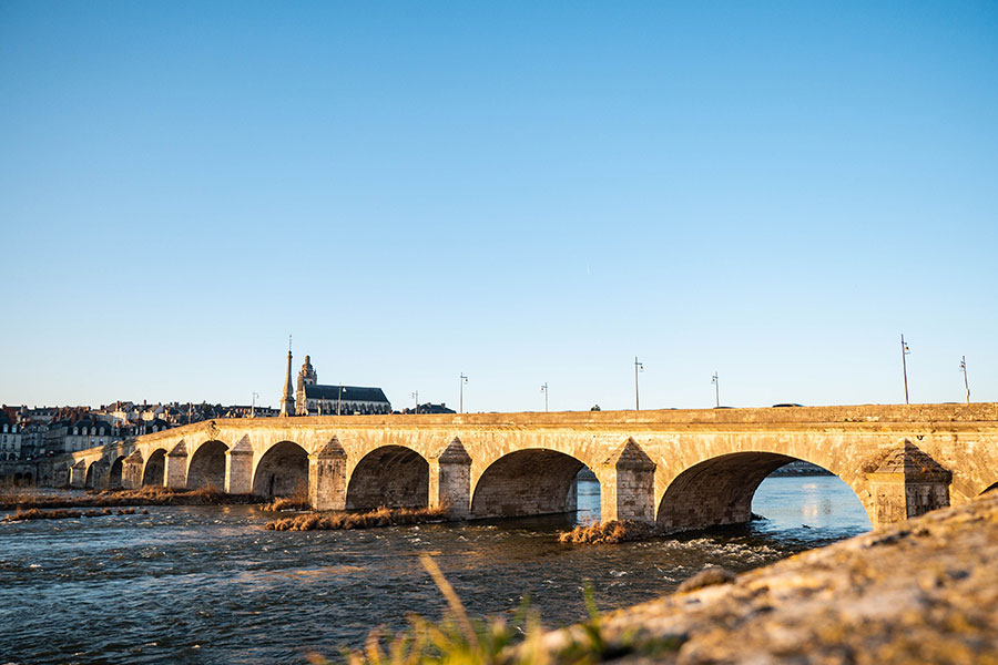 Die Loire und ihre Brücken